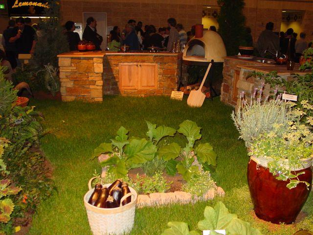 Украшение сада огорода своими руками