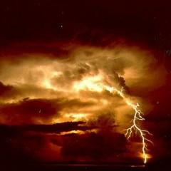 Грозовая туча — могучий царь облаков