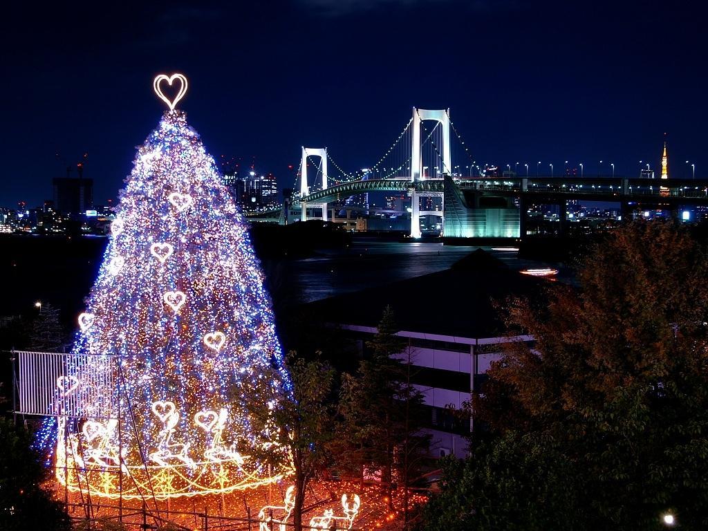 Новогодняя елка Love