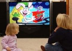 Как отвлечь ребенка от телевизора